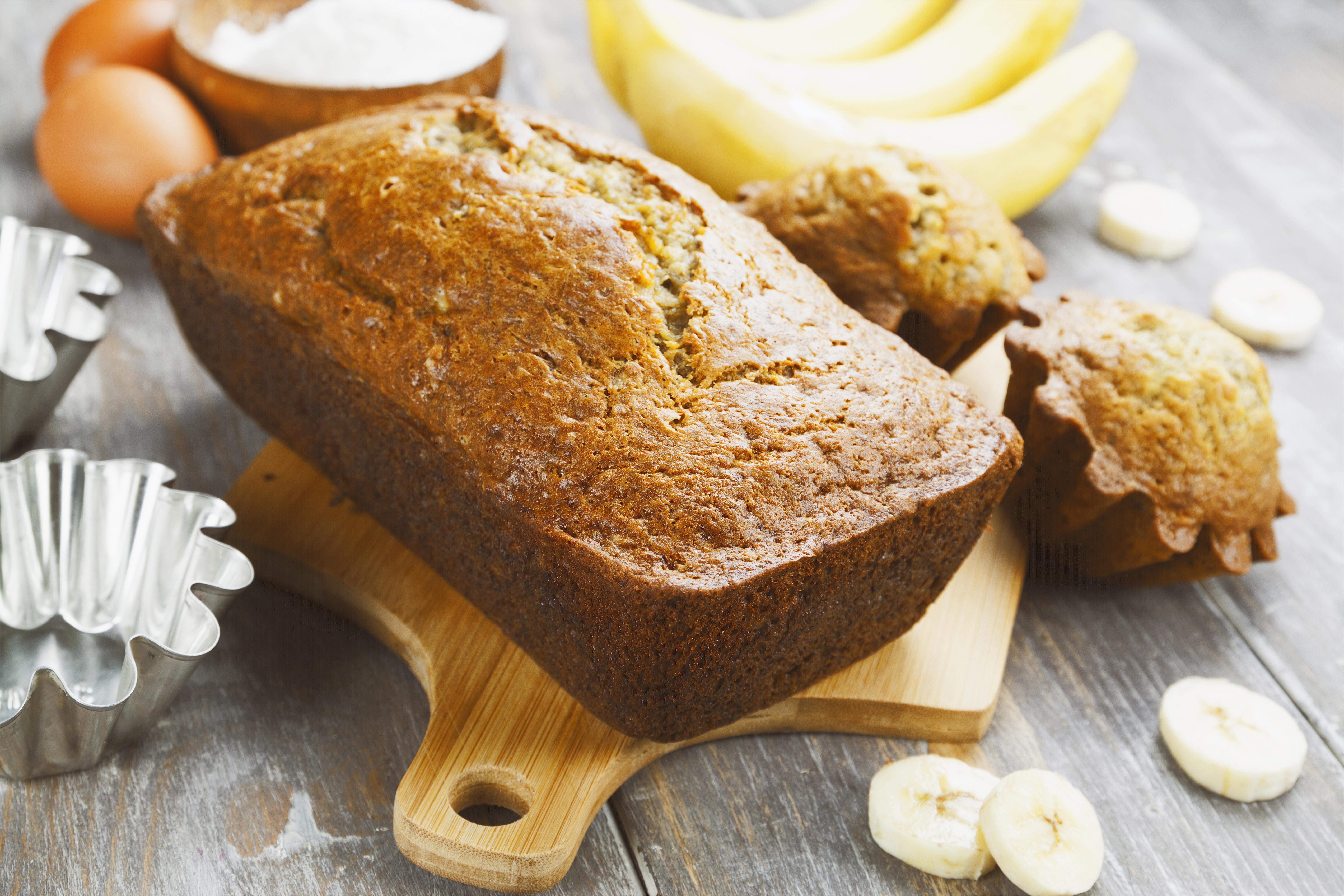 Bolo de Banana com Canela e Açúcar Mascavo